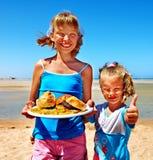 Dziecka łasowania fast food Fotografia Royalty Free
