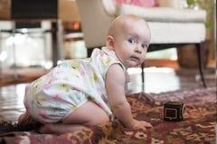 dziecka butelki dziewczyna Zdjęcia Royalty Free