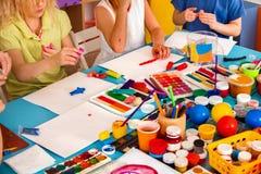 Dziecka ciasta sztuka w szkole Plastelina dla dzieci Zdjęcia Royalty Free