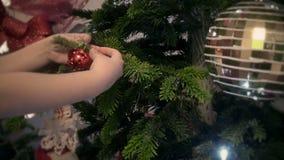 Dziecka dekorować chrtistmas drzewni zbiory