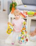 dziecka koszykowy dekoraci Easter jajek target1604_1_ Fotografia Royalty Free