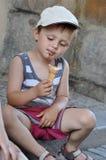 dziecka kremowy łasowania lód Fotografia Stock