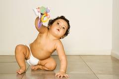 Dziecka mienia zabawka Zdjęcie Royalty Free