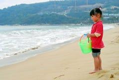 dziecka morze chiński przyglądający Zdjęcie Royalty Free