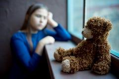 Dziecka nadużycie w domu fotografia royalty free