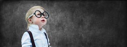 Dziecka Prodigy kredowania deski pojęcia plecy szkoła Fotografia Royalty Free