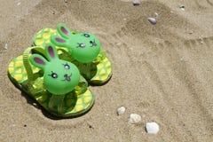 Dziecka ` s kapci plaża Zdjęcie Stock