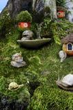 Dziecka ` s opowieść o życiu ślimaczki w lesie Obrazy Stock