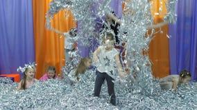 Dziecka ` s playroom Papierowy przedstawienie dla dzieci zbiory