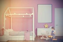 Dziecka s pokój z plakatem, różowi stonowanego Fotografia Royalty Free