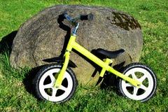Dziecka ` s równowagi rower Zdjęcia Royalty Free