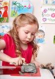 dziecka sala lekcyjnej gliniany bawić się Zdjęcia Stock