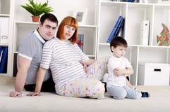 dziecka wystroju ojca domu matka ciężarna Fotografia Stock