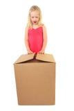 dziecka z podnieceniem prezenta otwarcie Zdjęcie Stock