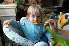 Dziecko żywieniowa łyżka zdjęcie royalty free
