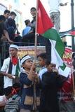 Dziecko Aceh z palestin flaga Fotografia Royalty Free