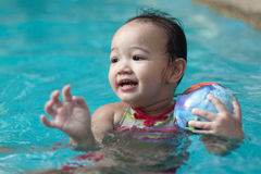 dziecko balowy basen Zdjęcia Royalty Free