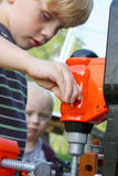 Dziecko Bawić się z Zabawkarskimi narzędziami Fotografia Royalty Free