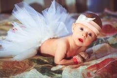 dziecko do łóżka Zdjęcia Royalty Free
