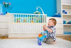 dziecko domu bawić się Obrazy Royalty Free