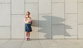 Dziecko dziewczyny uczennicy szkoły podstawowej uczeń Fotografia Royalty Free