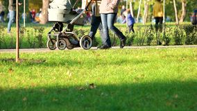 Dziecko fracht w lato parku zbiory