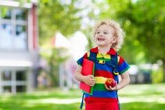 Dziecko iść z powrotem szkoła, roku początek fotografia stock