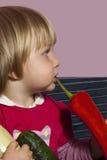 Dziecko i veggies Obrazy Stock