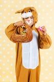 Dziecko jako Easter zając z jajkami fotografia stock