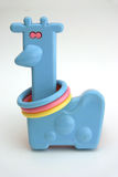 dziecko jest zabawka żyrafa Zdjęcia Royalty Free