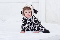 dziecko kostium krowy Zdjęcia Royalty Free