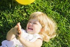 Dziecko śmiechy Obraz Stock