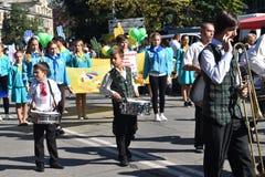 Dziecko muzycy demonstrują facsynację Fotografia Royalty Free