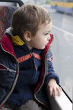 Dziecko na autobusie Obrazy Stock