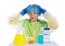 Dziecko przerażający co uzyskiwał jako rezultat chemicznego expe Obraz Royalty Free