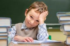 Dziecko przy szkołą Zdjęcia Stock