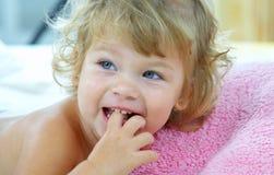 dziecko się śmiać Zdjęcia Royalty Free