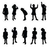 Dziecko sylwetki dziewczyny śliczne pozy ilustracja wektor