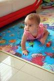 dziecko target1308_1_ ślicznej dziewczyny Zdjęcia Royalty Free