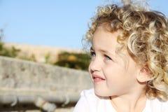 dziecko target2127_0_ patrzeć obrazy stock