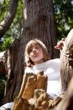 dziecko target2243_1_ lasowego drzewa Obraz Royalty Free