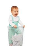 Dziecko w koszu fotografia stock
