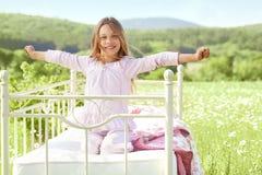 Dziecko w polu Obrazy Royalty Free