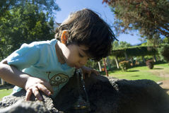 dziecko wody pitnej Fotografia Stock