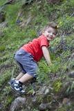 Dziecko wspinaczka Zdjęcia Stock