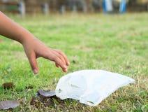 Dziecko wybór śmieci Zdjęcie Stock
