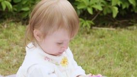 Dziecko z gręplą zbiory