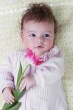 Dziecko z kwiatami Obrazy Royalty Free