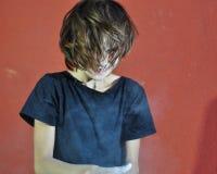 Dziecko z proszek kredy magnezu narządzaniem dla gym Obraz Royalty Free