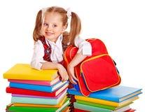 Dziecko z sterty książką. obrazy royalty free
